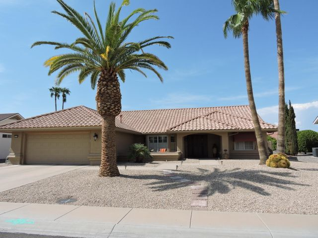 13518 W SKY HAWK Drive, Sun City West, AZ 85375