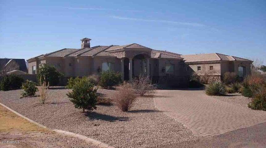 17933 E Sanoque Boulevard, Gilbert, AZ 85298