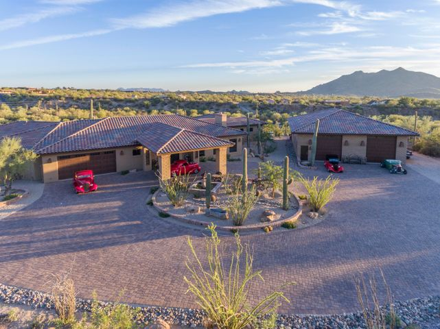 40111 N 72nd Street, Cave Creek, AZ 85331