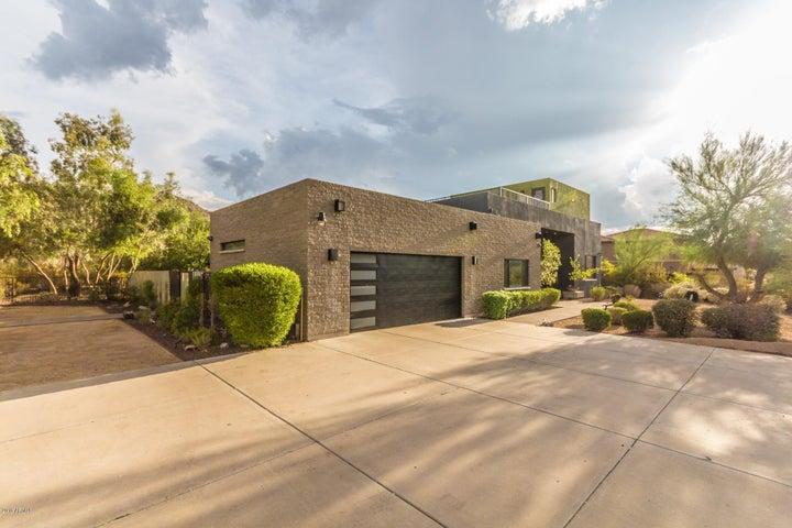 8630 S 22ND Place, Phoenix, AZ 85042