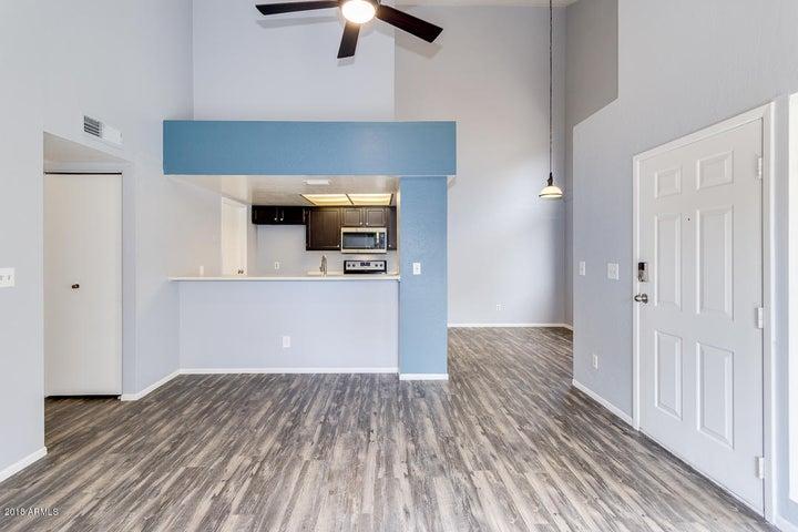 2019 W LEMON TREE Place, 1160, Chandler, AZ 85224