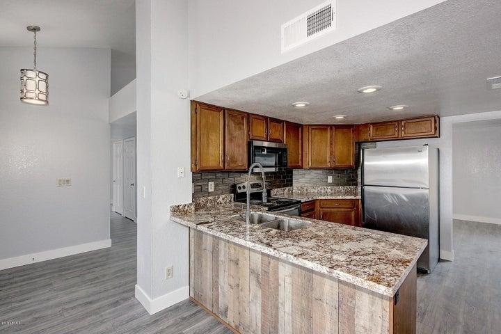3142 W TARO Lane, Phoenix, AZ 85027
