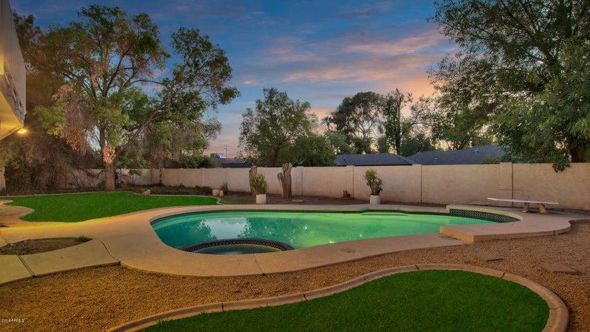 8024 N 7TH Avenue, Phoenix, AZ 85021