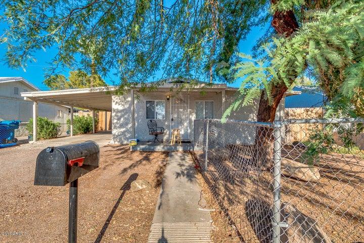 8821 N 4TH Street, Phoenix, AZ 85020