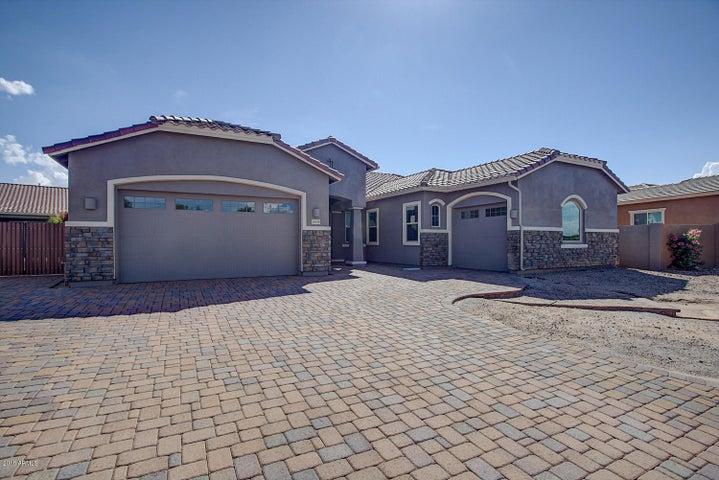 3535 E LANTANA Drive, Chandler, AZ 85286