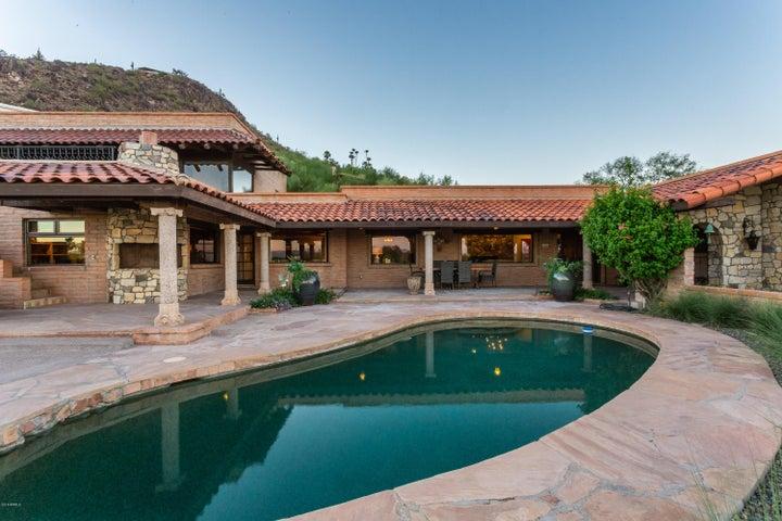4320 E HIGHLANDS Drive, Paradise Valley, AZ 85253
