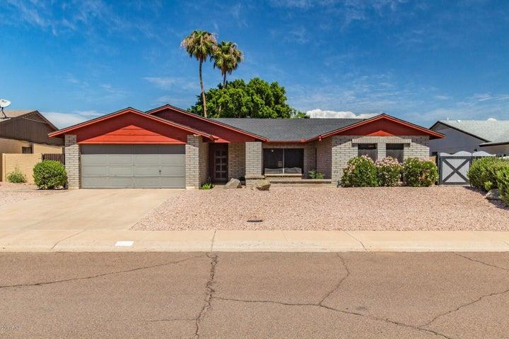 910 W LODGE Drive, Tempe, AZ 85283