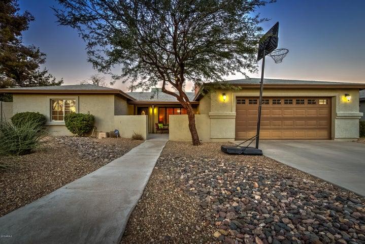 7025 N 10TH Place, Phoenix, AZ 85020