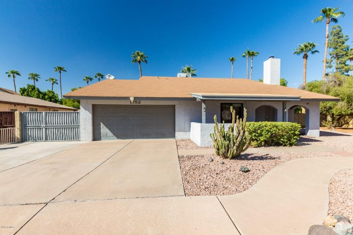 1752 W ISABELLA Avenue, Mesa, AZ 85202