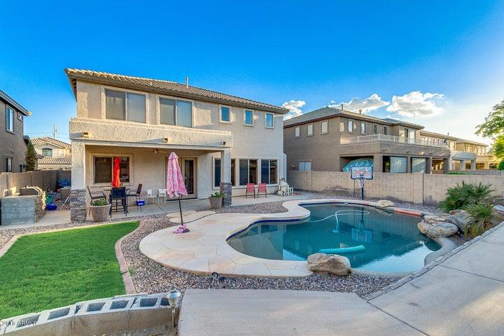 2738 W REDWOOD Lane, Phoenix, AZ 85045