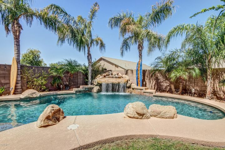 9578 W BUTLER Drive, Peoria, AZ 85345