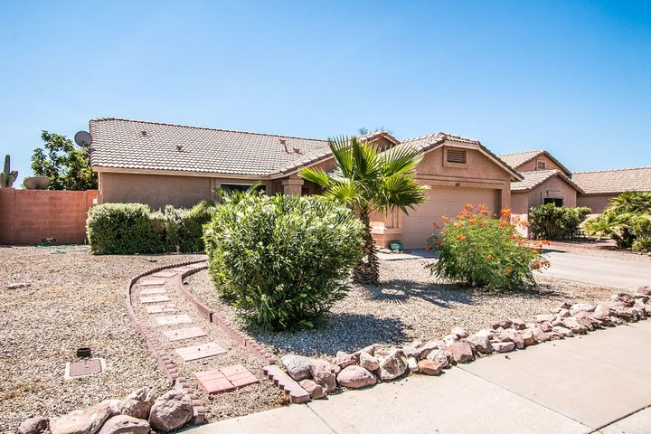1089 W 15TH Lane, Apache Junction, AZ 85120