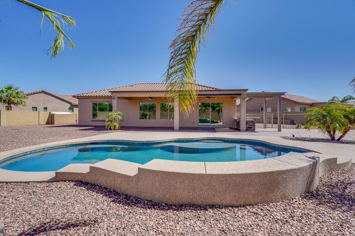 8430 N 181ST Drive, Waddell, AZ 85355