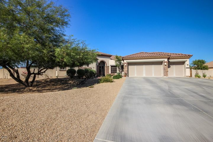 18518 W BERYL Court, Waddell, AZ 85355