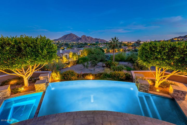 Picture View to Camelback Mountain, Downtown City Lights, East Valley & South Mountain!