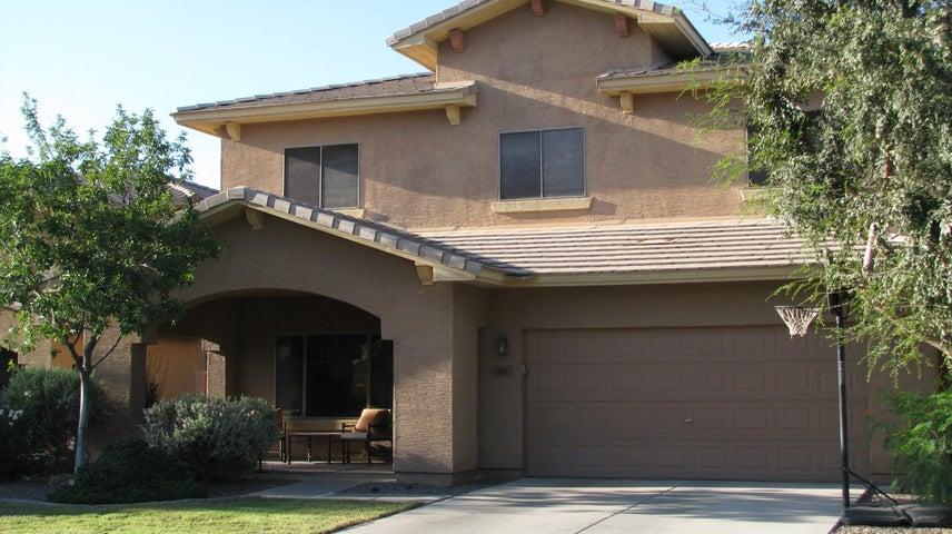 960 E Blue Spruce Lane, Gilbert, AZ 85298
