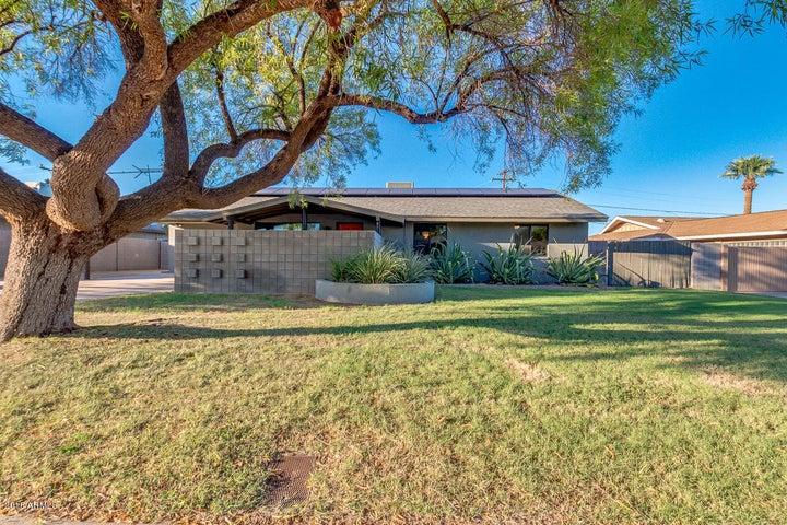2932 E CHOLLA Street, Phoenix, AZ 85028