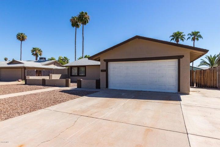 6737 S NEWBERRY Road, Tempe, AZ 85283