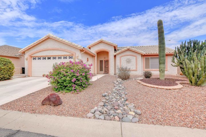 1612 E GLENEAGLE Drive, Chandler, AZ 85249