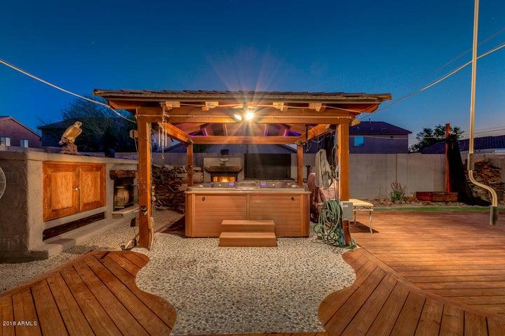 535 E YELLOW WOOD Avenue, San Tan Valley, AZ 85140