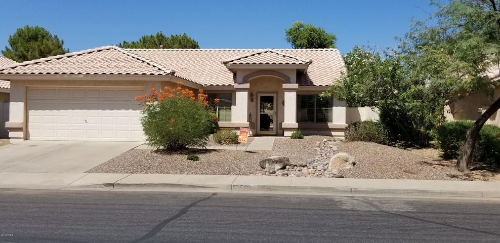 1350 W CANARY Way, Chandler, AZ 85286