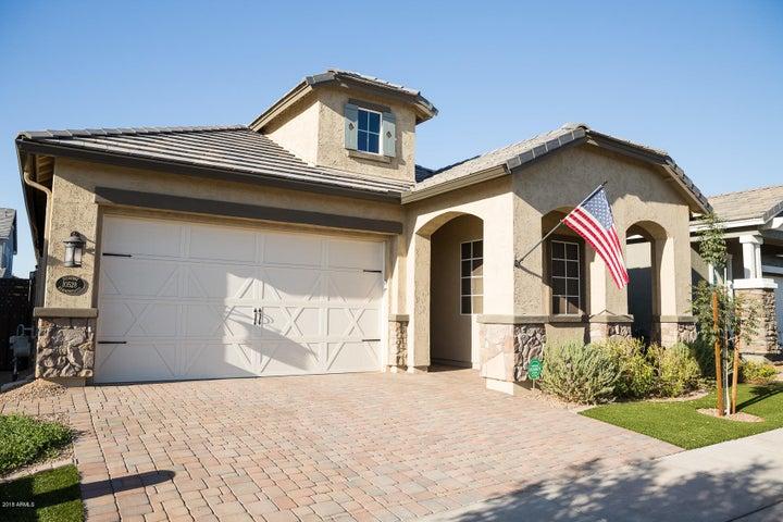 10528 E NICHOLS Avenue, Mesa, AZ 85209