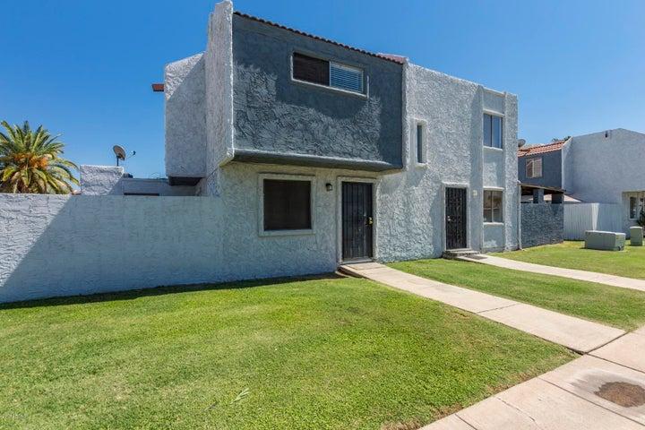 7516 N 47TH Drive, Glendale, AZ 85301
