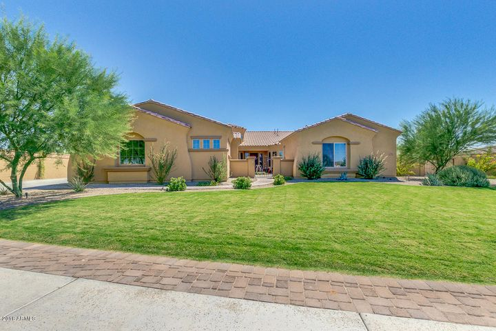 3155 E BLACKHAWK Court, Gilbert, AZ 85298