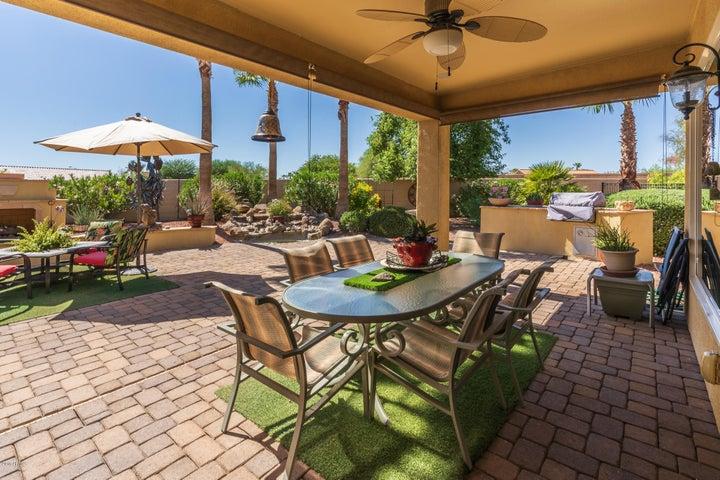 23010 N VIA VISTOSA Drive, Sun City West, AZ 85375