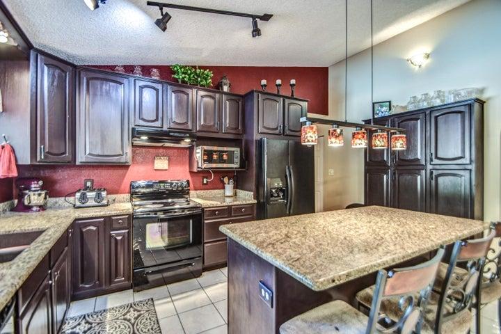 1352 N Matlock Street, Mesa, AZ 85203