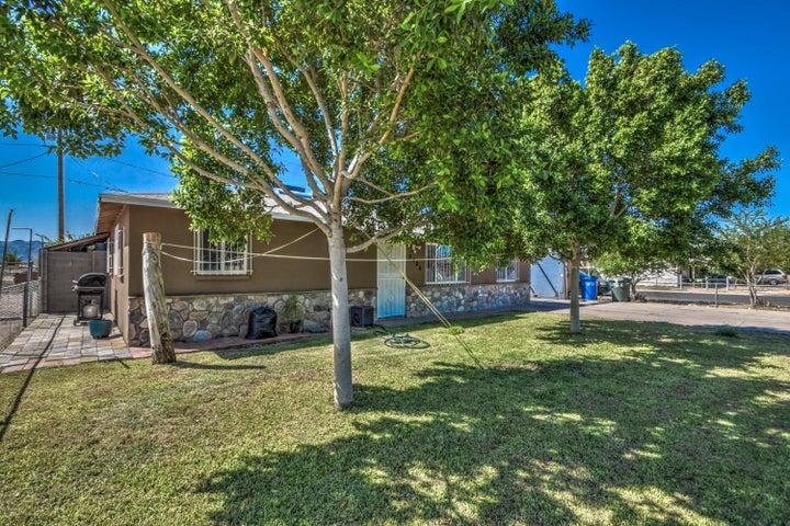 2305 E PUEBLO Avenue, Phoenix, AZ 85040