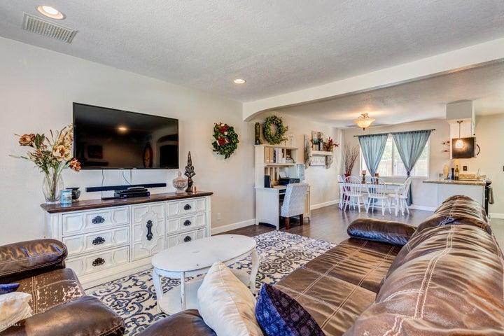 1287 W OAKLAND Street, Chandler, AZ 85224