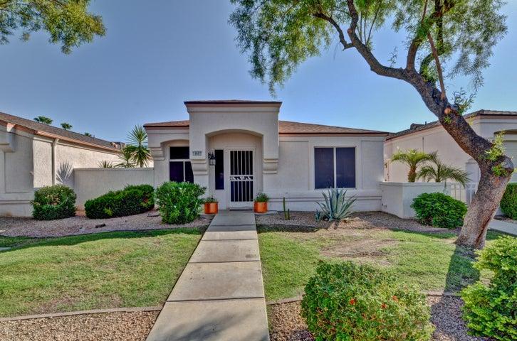 18607 N MICA Drive, Sun City West, AZ 85375