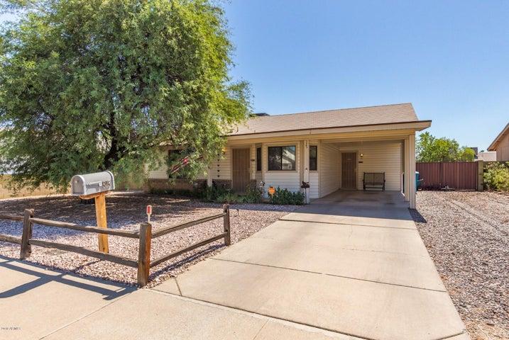 525 W TARO Lane, Phoenix, AZ 85027