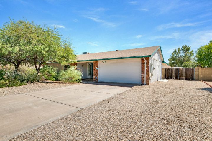 4331 E ACOMA Drive, Phoenix, AZ 85032