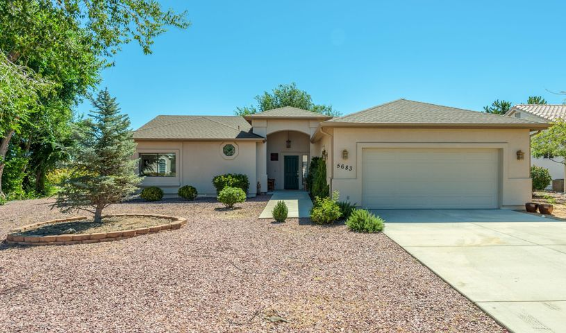 5683 HOLE IN ONE Drive, Prescott, AZ 86301
