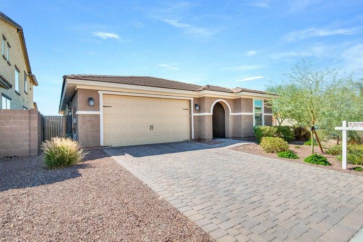 2539 W PEROLA Drive, Phoenix, AZ 85085