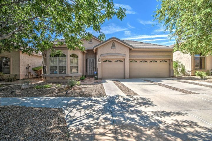 2515 E DARREL Road, Phoenix, AZ 85042