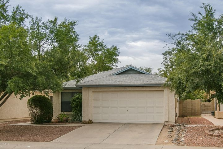 6421 W LAWRENCE Lane, Glendale, AZ 85302