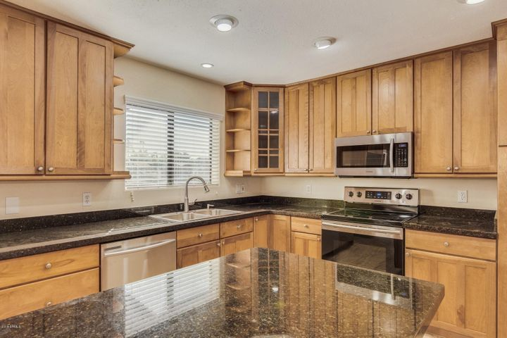 4343 E BLUEFIELD Avenue, Phoenix, AZ 85032
