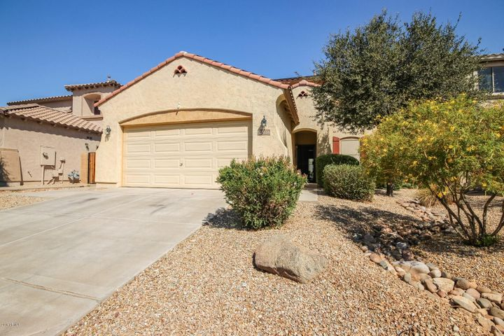 18636 W SUNNYSLOPE Lane, Waddell, AZ 85355