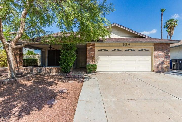 924 W OSAGE Avenue, Mesa, AZ 85210