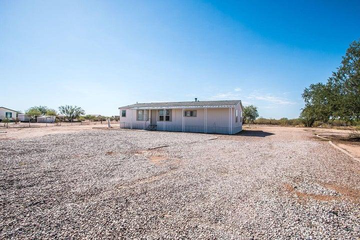 9801 E PARKER Trail, San Tan Valley, AZ 85143