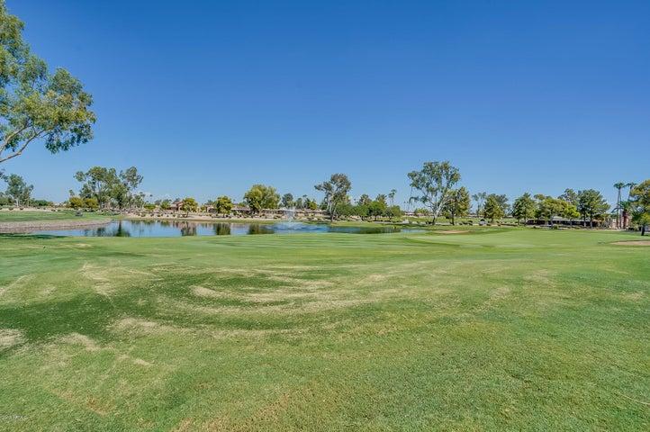 Beautiful golf course lot!