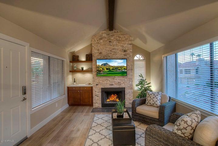 10055 E MOUNTAINVIEW LAKE Drive, 2072, Scottsdale, AZ 85258