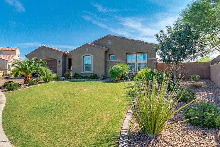 7883 S DEBRA Drive, Gilbert, AZ 85298