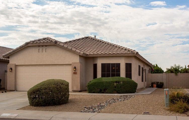 8831 W PARADISE Drive, Peoria, AZ 85345