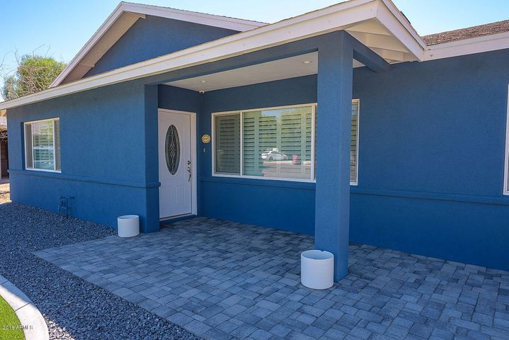 BRAND NEW STUCCO, PAINT AND COURTYARD.