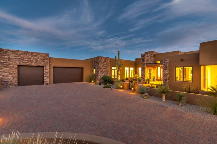 39673 N 100TH Street, Scottsdale, AZ 85262
