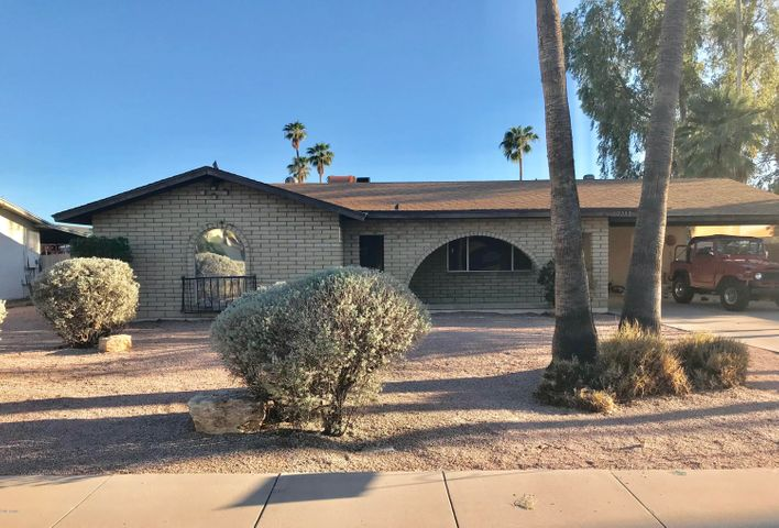 2553 E Fairfield Street, Mesa, AZ 85213